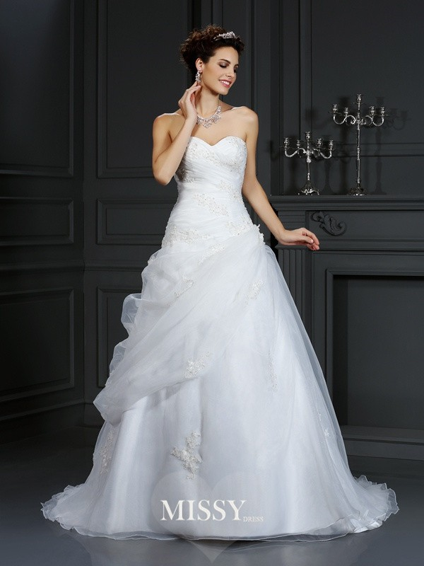 Ball Gown Sweetheart Beading Court Train Organza Wedding Dresses
