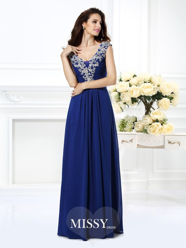 A-Line/Princess Scoop Sleeveless Beading Gowns