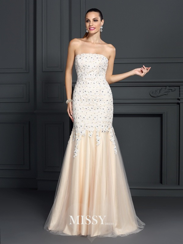 Trumpet/Mermaid Strapless Sleeveless Lace Sweep Satin Dresses