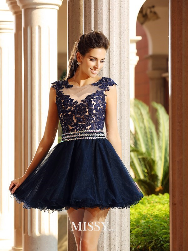 A-Line/Princess Scoop Sleeveless Short/Mini Tulle Applique Gowns