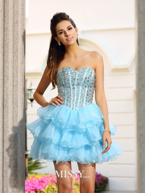 A-Line/Princess Sweetheart Sleeveless Organza Short/Mini Beading Gowns