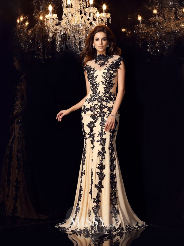 Trumpet/Mermaid Chiffon High Neck Applique Sweep/Brush Train Dresses