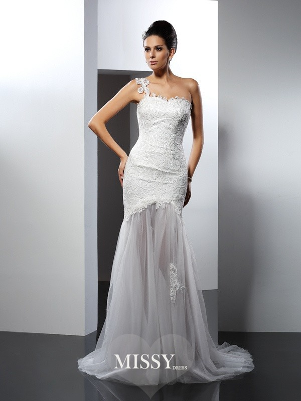 Trumpet/Mermaid One-Shoulder Lace Chapel Train Lace Wedding Dresses