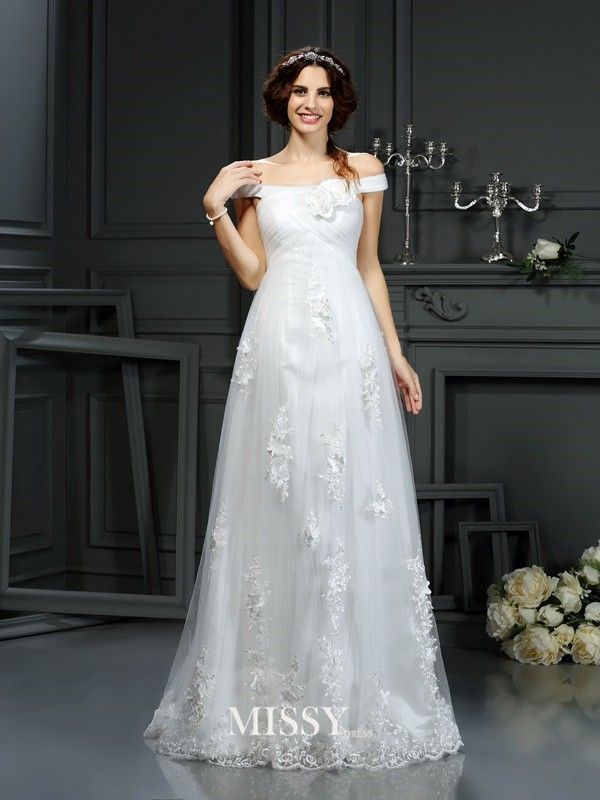 A-Line/Princess Off the Shoulder Court Train Applique Net Wedding Dresses
