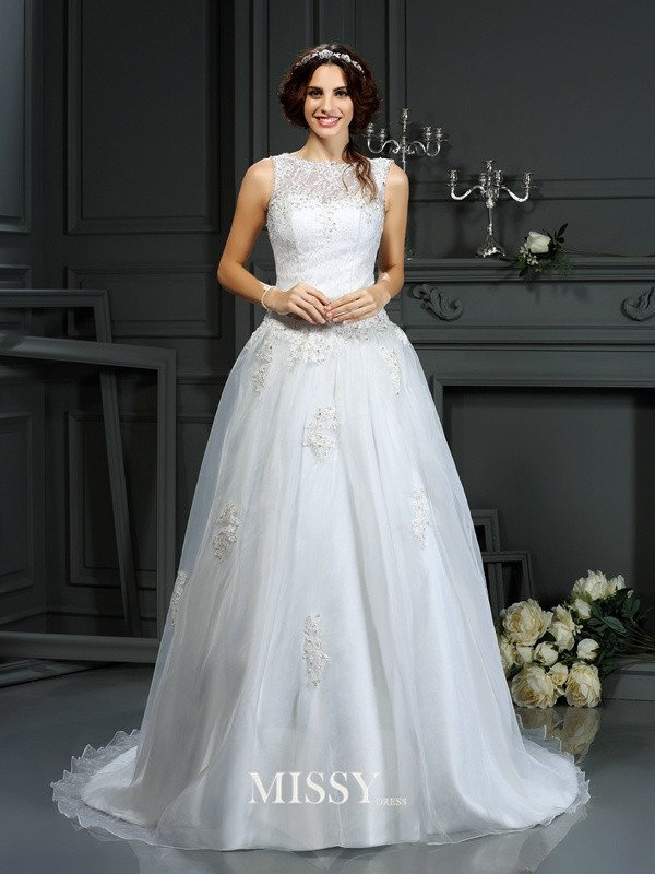 A-Line/Princess Scoop Applique Net Court Train Wedding Dresses