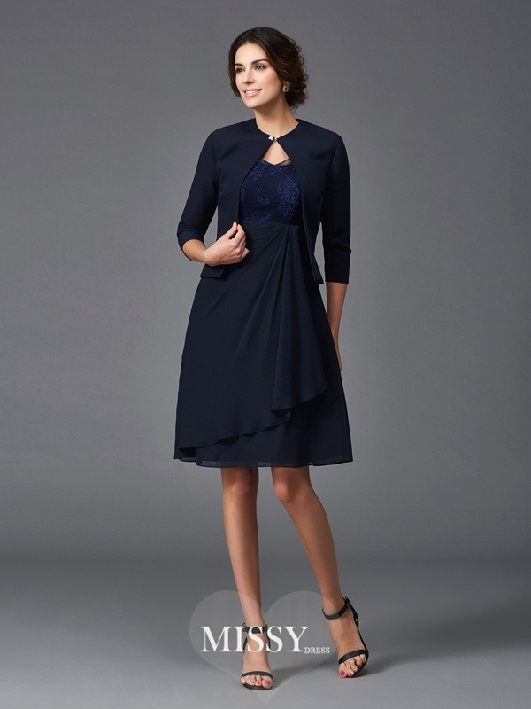 A-Line/Princess V-neck 1/2 Sleeves Lace Knee-Length Chiffon Mother of the Groom Dresses