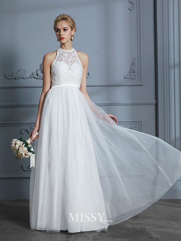 A-Line/Princess Scoop Tulle Floor-Length Wedding Dresses