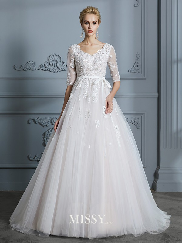Ball Gown V-neck Court Train Lace Tulle Wedding Dresses