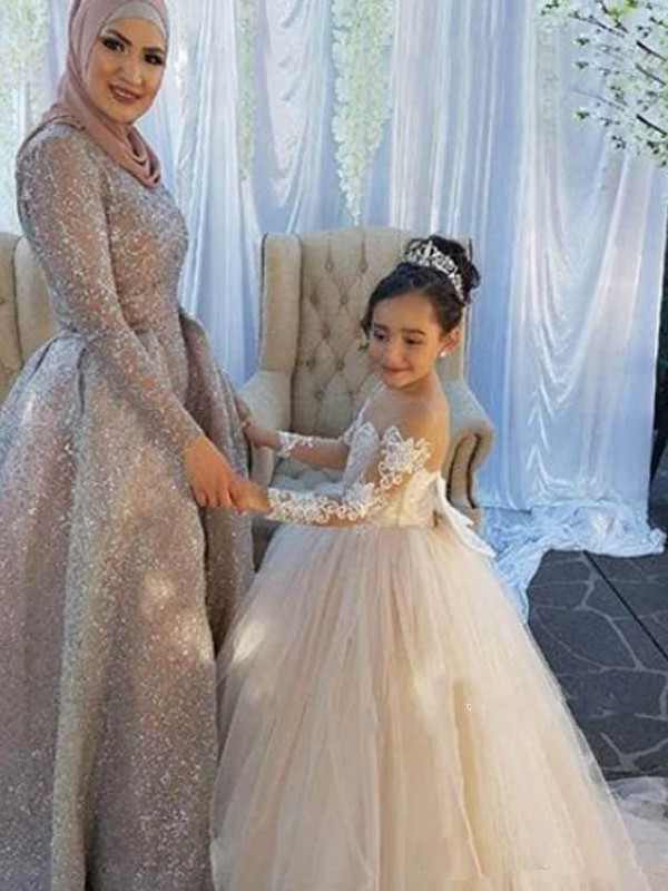 Ball Gown Off-the-Shoulder Sweep/Brush Train Applique Tulle Flower Girl Dresses