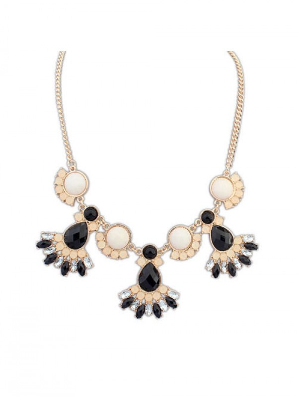 Occident New all-match Sweet Temperament Necklace