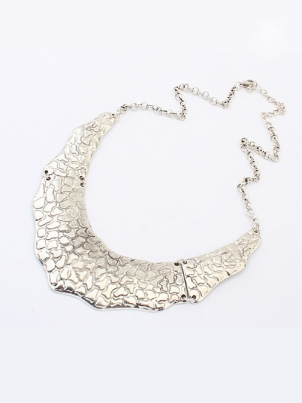 Occident Trendy Retro Metallic Street Shooting Necklace