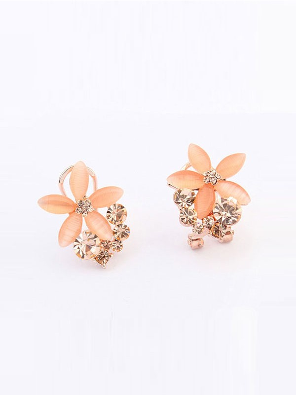 Occident Boutique Five Petal Ear Clip