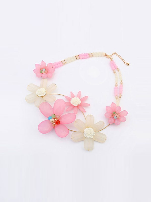 Occident Fashionable Sweet Flowers Temperament Necklace