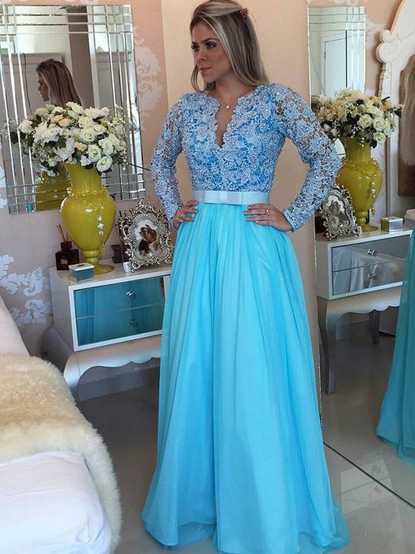 Princess Long Sleeves V-neck Tulle Applique Floor-Length Dresses
