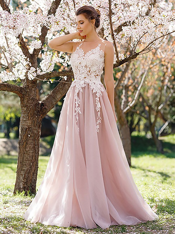 A-Line/Princess Jewel Sleeveless Floor-Length Applique Tulle Dresses