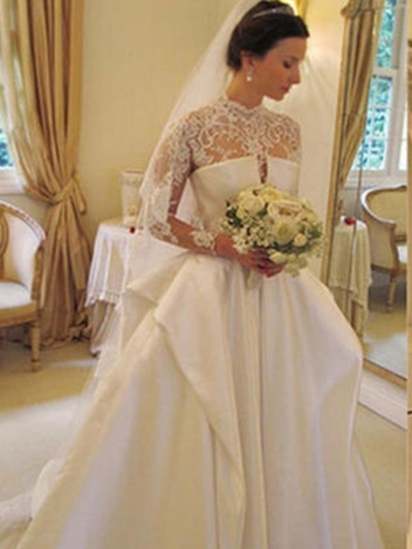 Trumpet/Mermaid Square Organza Long Sleeves Chapel Train Wedding Dresses