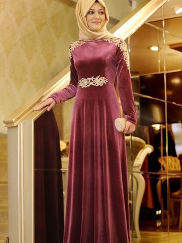 A-Line/Princess Scoop Floor-Length Ruffles Velvet Dresses