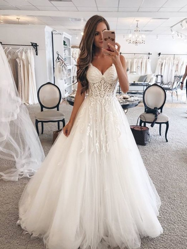 A-Line/Princess Sweetheart Sleeveless Floor-Length Tulle Wedding Dresses