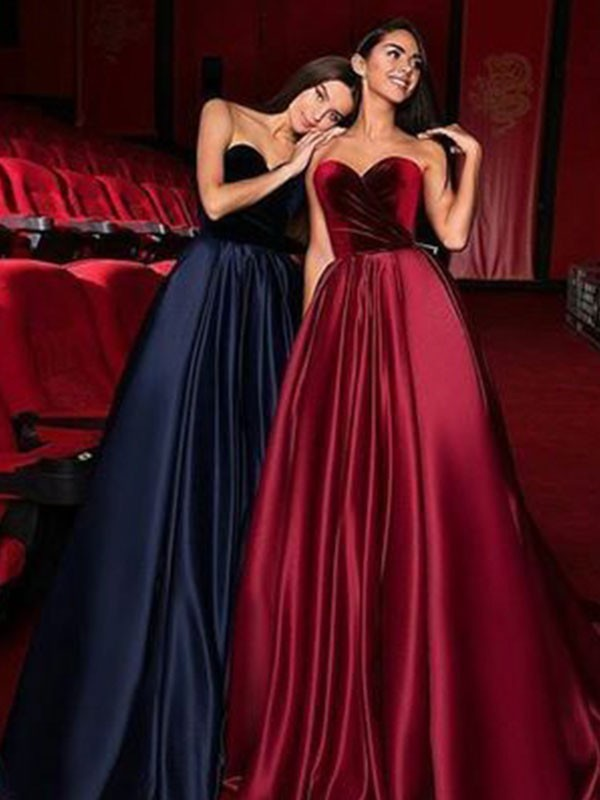A-Line/Princess Sweetheart Sleeveless Court Train Satin Dresses