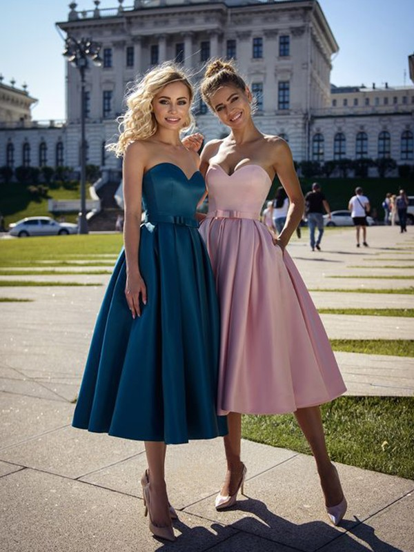 A-Line/Princess Sweetheart Tea-Length Bowknot Satin Dresses