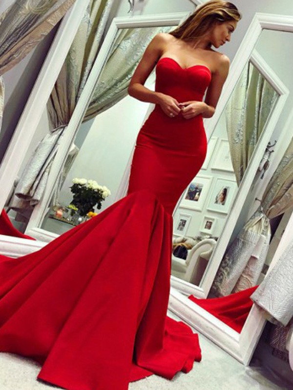 Trumpet/Mermaid Strapless Court Train Ruffles Satin Dresses