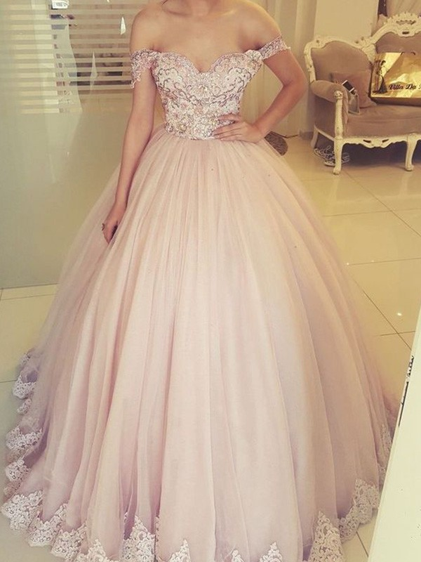 Ball Gown Off-the-Shoulder Floor-Length Applique Tulle Dresses