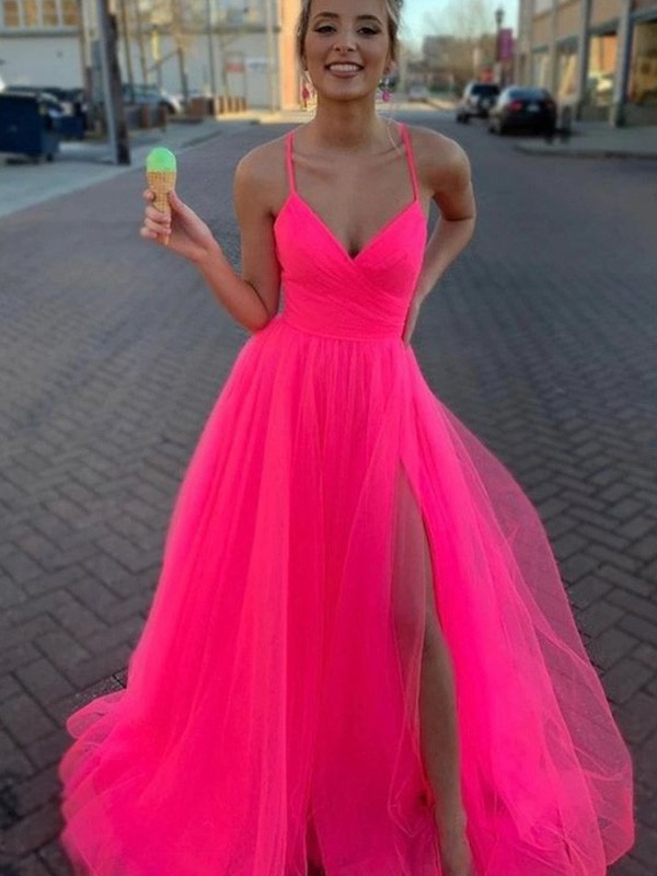 A-Line/Princess V-neck Sweep/Brush Train Ruched Tulle Dresses