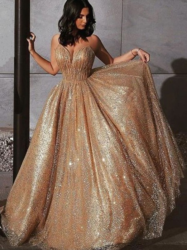 A-Line/Princess Spaghetti Straps Sweep/Brush Train Sequin Tulle Dresses