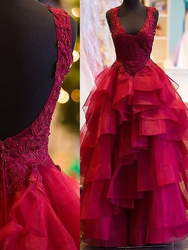 Ball Gown Sleeveless V-Neck Long Tulle Dresses With Appliques