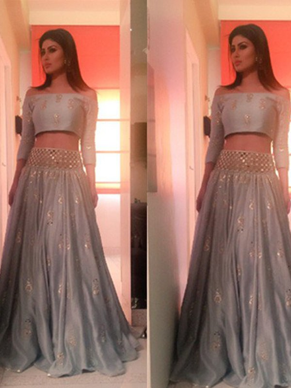 A-Line/Princess Off-the-Shoulder 3/4 Sleeves Long Satin Two Piece Dresses With Beading