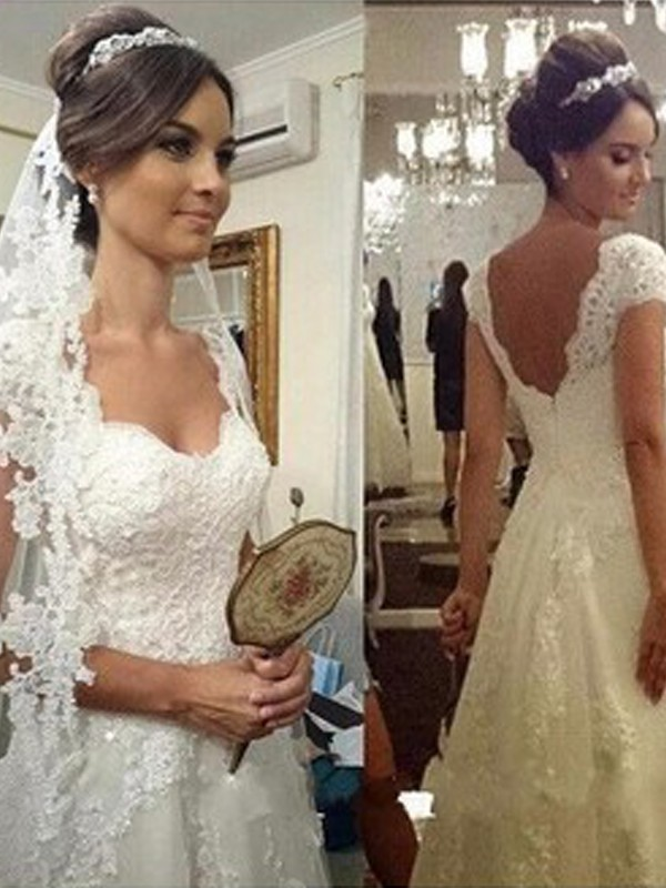 A-Line/Princess Sweetheart Floor-Length Sleeveless Tulle Wedding Dresses With Lace
