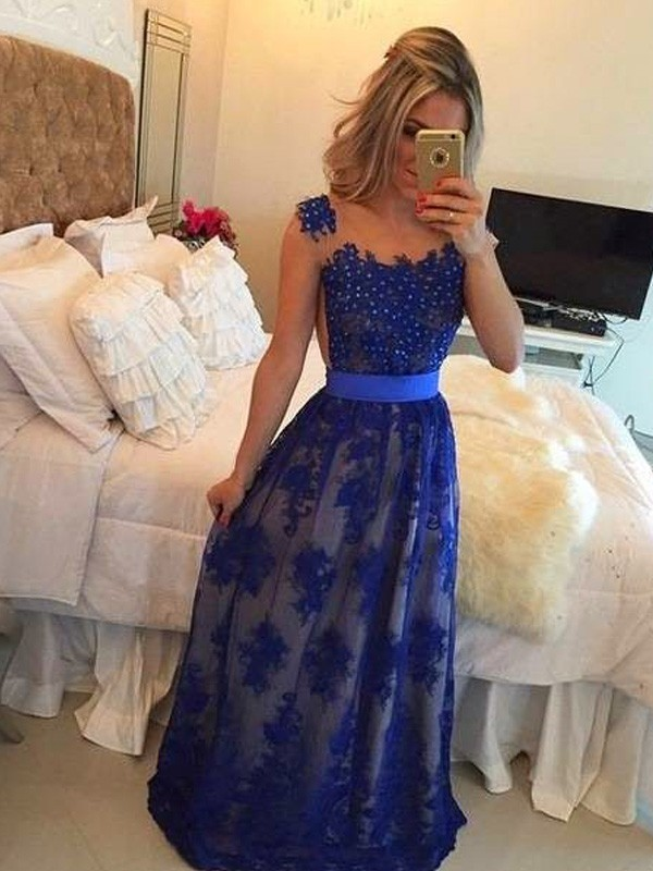Sheath/Column Scoop Sleeveless Long Tulle Dresses With Appliques
