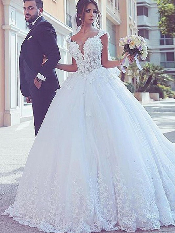 Ball Gown Sweetheart Sweep/Brush Train Lace Tulle Wedding Dresses