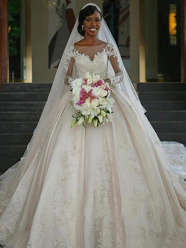 Ball Gown Bateau Sweep/Brush Train Applique Satin Wedding Dresses