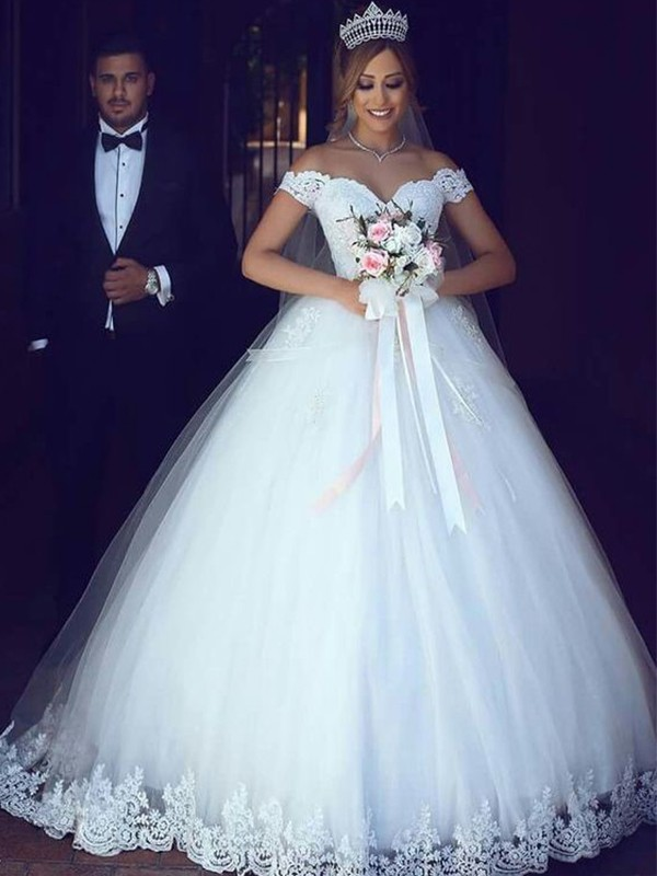 Ball Gown Off-the-Shoulder Floor-Length Lace Tulle Wedding Dresses