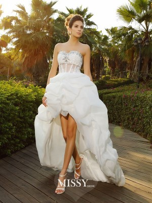 A-Line/Princess Sweetheart Asymmetrical Beading Organza Wedding Dresses