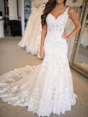Trumpet/Mermaid V-neck Sweep/Brush Train Applique Tulle Wedding Dresses