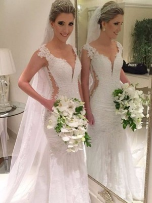 Elegant Trumpet/Mermaid Sleeveless Sweep/Brush Train V-neck Wedding Dresses With Lace