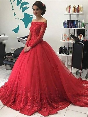 Ball Gown Off-the-Shoulder Lace Tulle Court Train Dresses