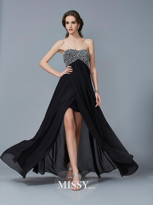 A-Line/Princess Sweetheart Beading Long Chiffon Dresses