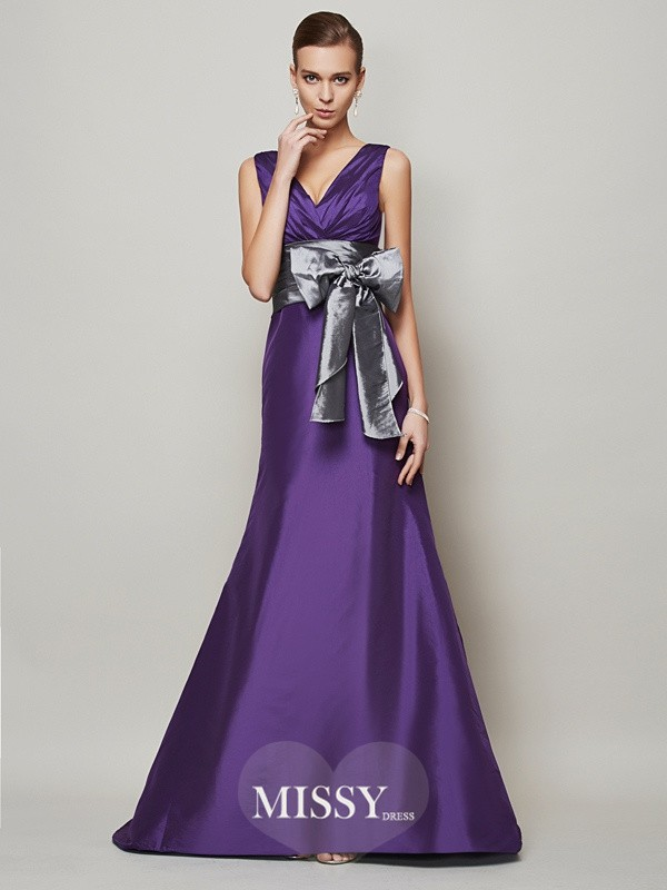 A-Line/Princess Sleeveless Taffeta V-neck Long Dresses