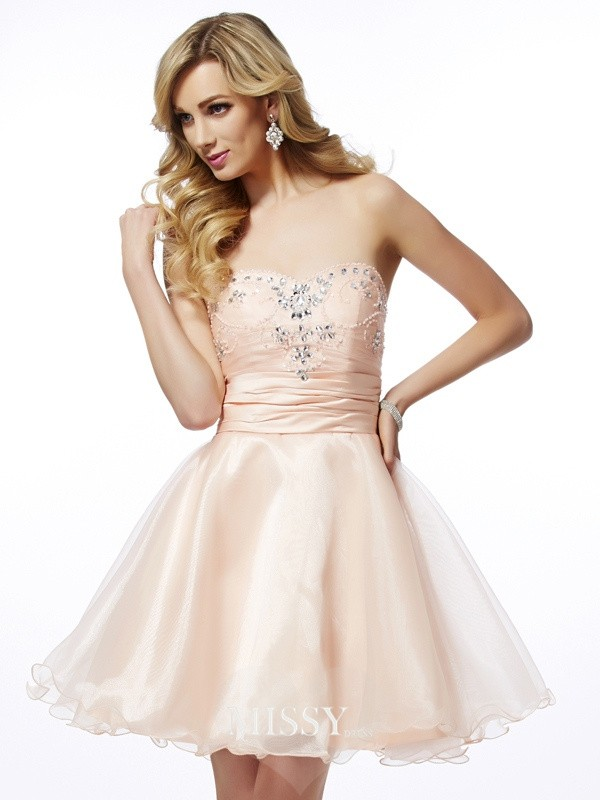 A-Line/Princess Sweetheart Sleeveless Beading Short/Mini Tulle Cocktail Dresses