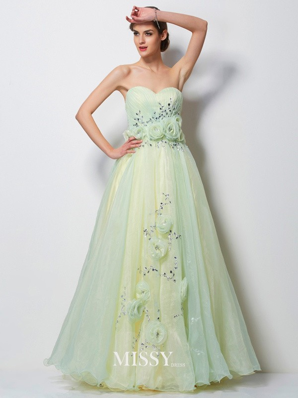 A-Line/Princess Sweetheart Sleeveless Beading Floor-Length Tulle Dress