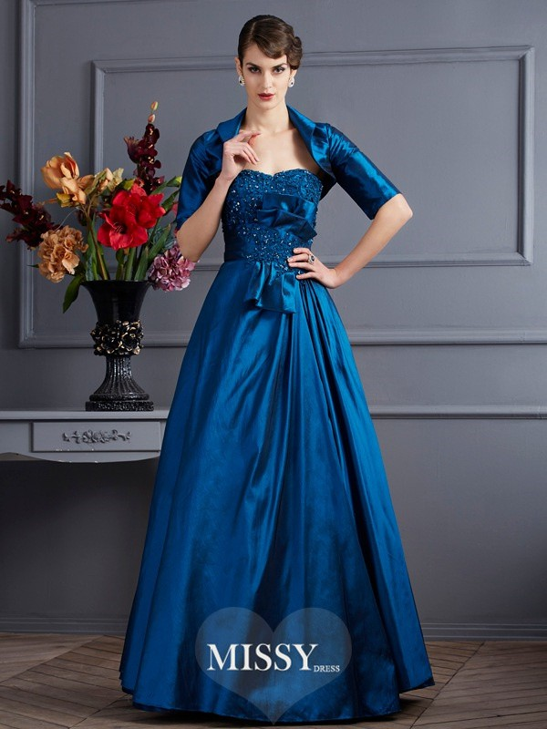 A-Line/Princess Sweetheart Applique Taffeta Dresses