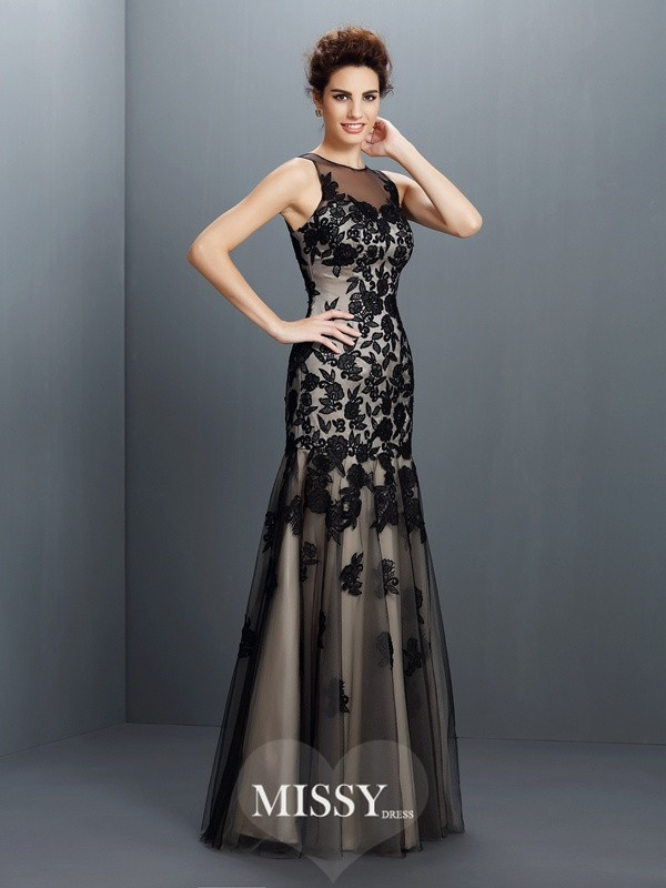 A-Line/Princess Bateau Sleeveless Applique Floor-Length Satin Gowns