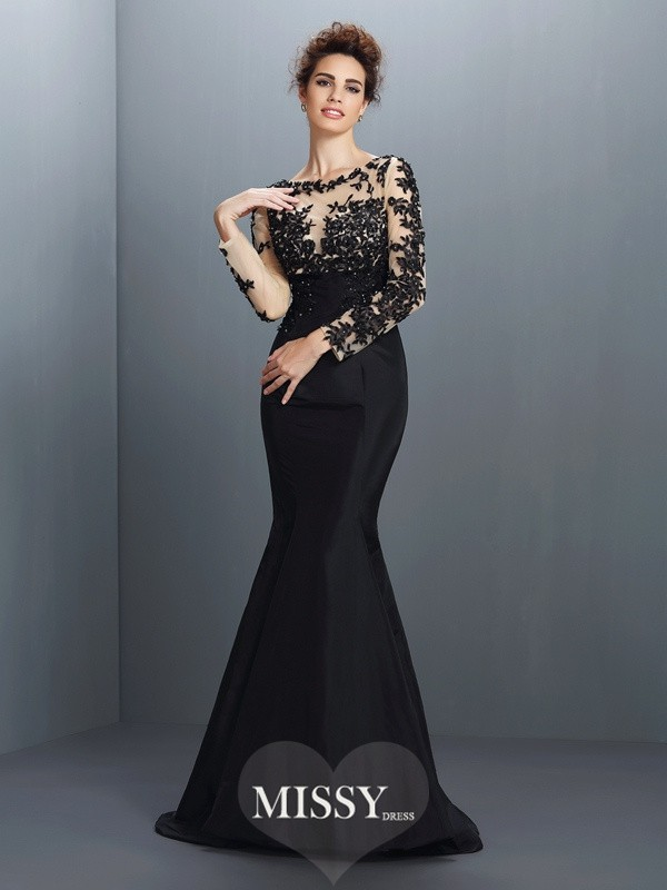 Trumpet/Mermaid Bateau Applique Long Sleeves Sweep/Brush Train Taffeta Gowns