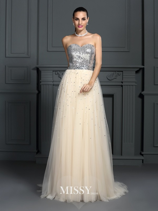 A-Line/Princess Sweetheart Beading Floor-Length Lace Dresses