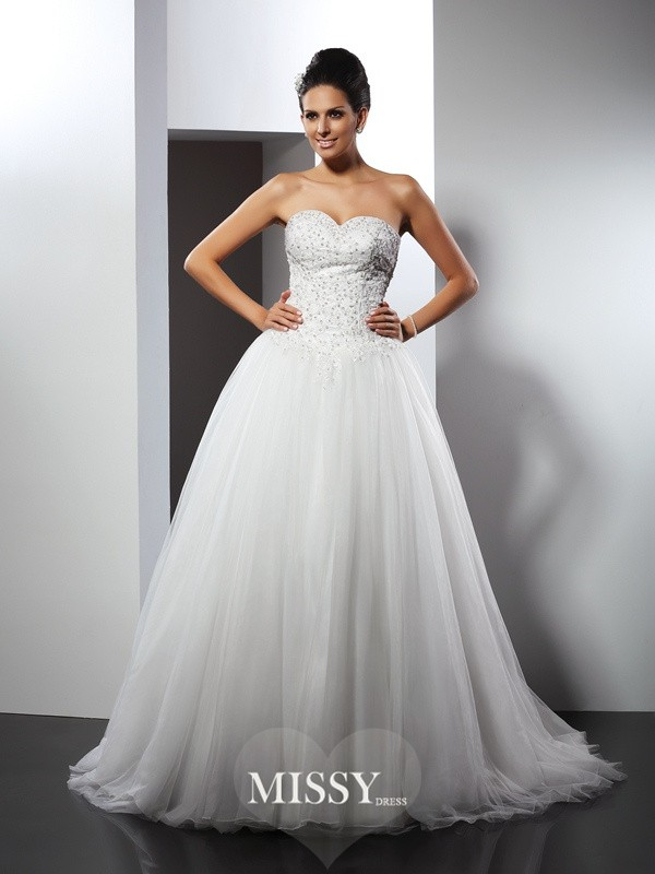 A-Line/Princess Sweetheart Applique Chapel Train Net Wedding Dresses