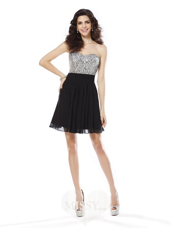 A-Line/Princess Sweetheart Chiffon Sleeveless Short Beading Dress