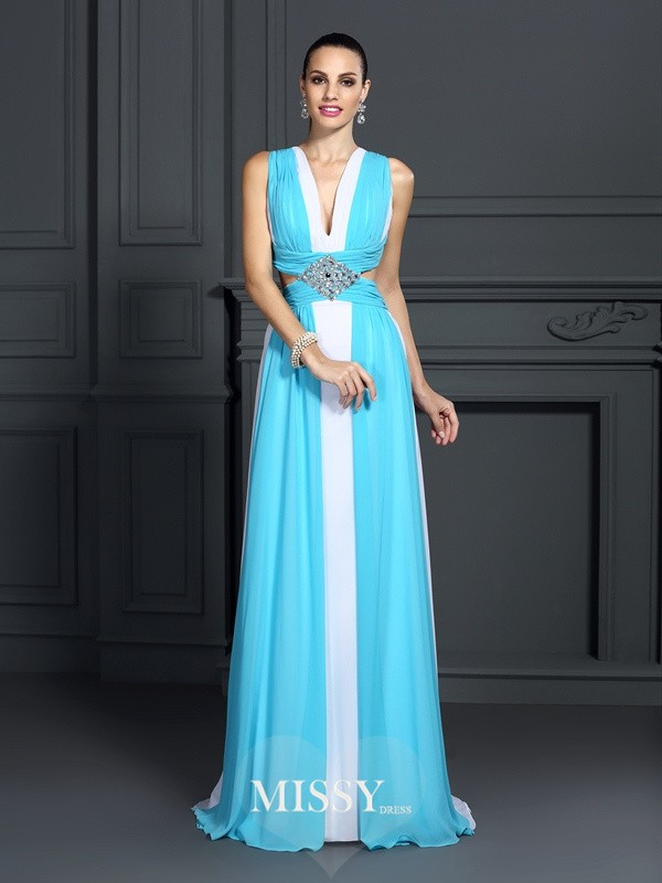 A-Line/Princess Halter Ruffles Sweep/Brush Train Chiffon Dresses